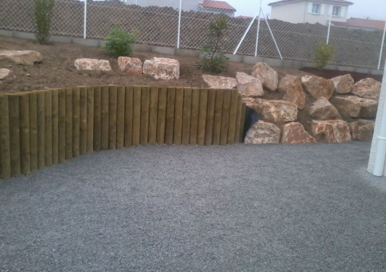 Création d'une rocaille à Montbrison en 2014